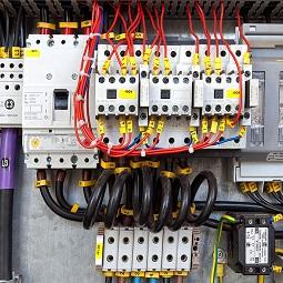 راه اندازی موتورهای الکتریکی با کنتاکتورها